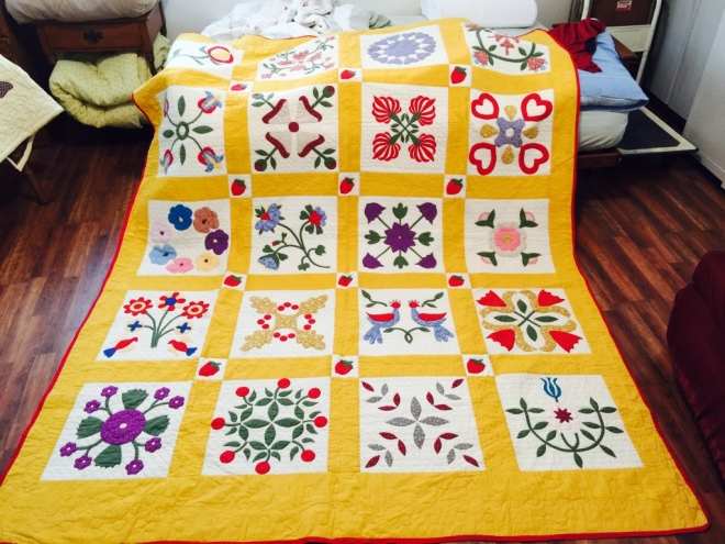 20-panel flower quilt by Sally Eklund